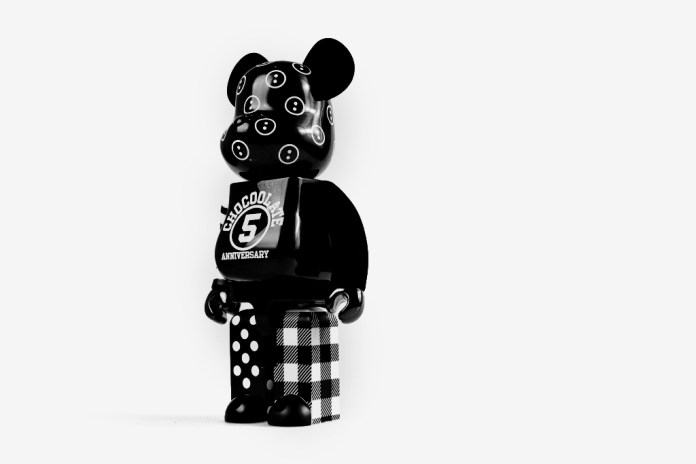 ":CHOCOOLATE x Medicom Toy ""5th Anniversary"" Bearbrick"