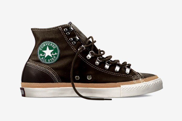 "Converse 2011 Holiday Chuck Taylor All Star ""Coated Canvas"""