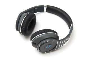 fragment design x Beats by Dr. Dre Studio Headphones