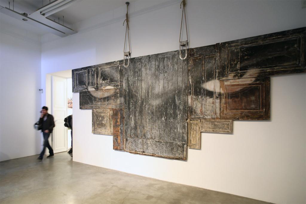 "JR ""Encrages"" Exhibition @ Galerie Perrotin"