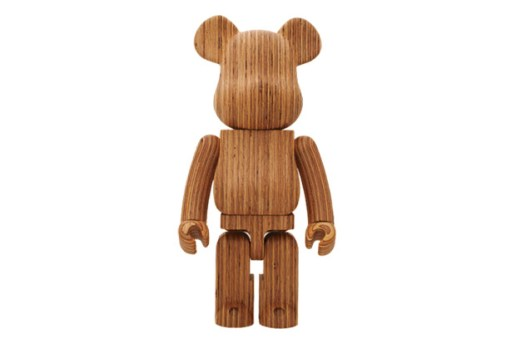 Karimoku x Medicom Toy World Wide Tour 2 Bearbrick 1000%