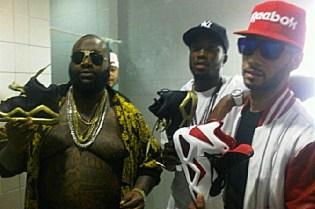 Meek Mill featuring T.I., Rick Ross, Lil Wayne, Birdman, Swizz Beatz & DJ Khaled - I'm a Boss (Remix)