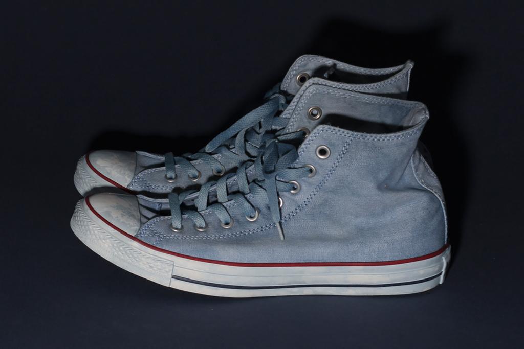 tenue de nimes x converse indigo dyed chuck taylor all star high tops