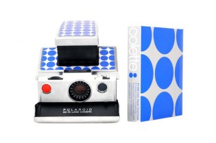 IMPOSSIBLE x colette SX70 Camera + PX680 Films Kit