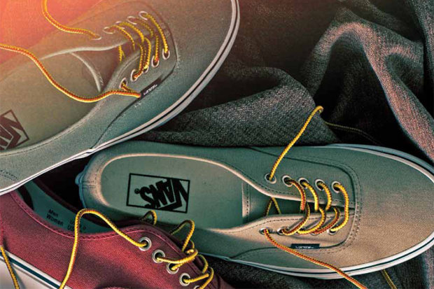 """Vans Classic 2011 Holiday """"10 oz Canvas Pack"""""""