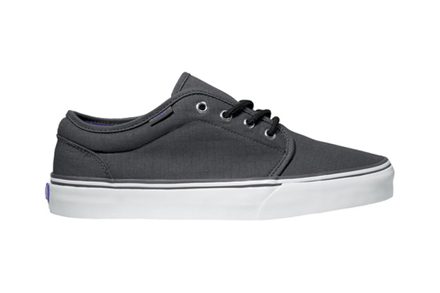 vans classics 2011 holiday 106 vulcanized ripstop pack