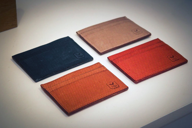 Veja 2012 Spring/Summer Leather Accessories Preview