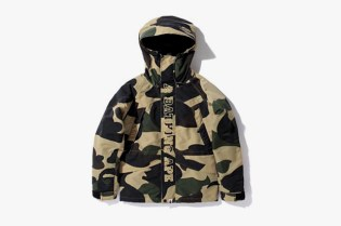A Bathing Ape GIANT 1ST CAMO SNOWBOARD JACKET