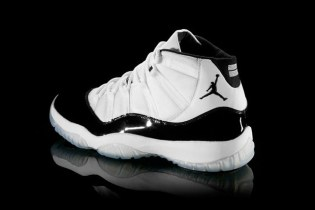 "Air Jordan 11 ""Concord"" Causes Riots Nationwide"