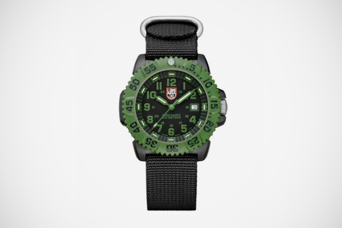 Luminox Navy SEAL COLORMARK 3040 Series