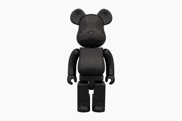 medicom toy bearbrick 400 dry carbon