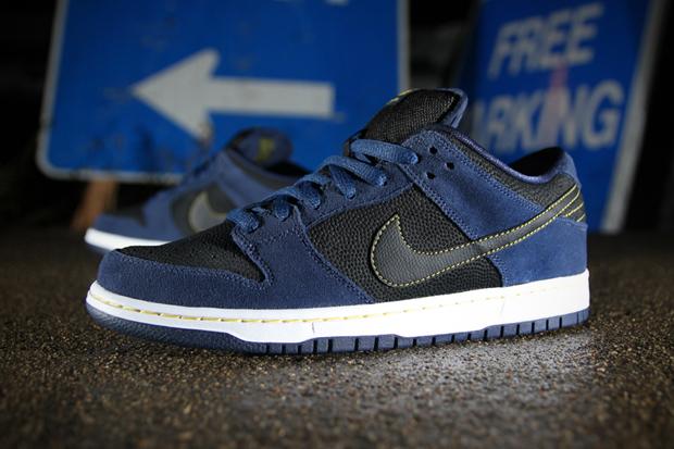 Nike SB Dunk Low Pro Midnight Navy/Black