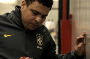 Nike Soccer: Ronaldo R9 Pra Sempre Fenomeno