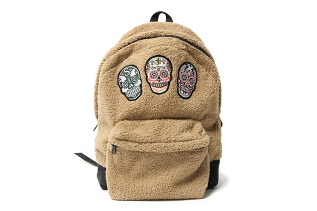 SASQUATCHfabrix. Skull Backpack