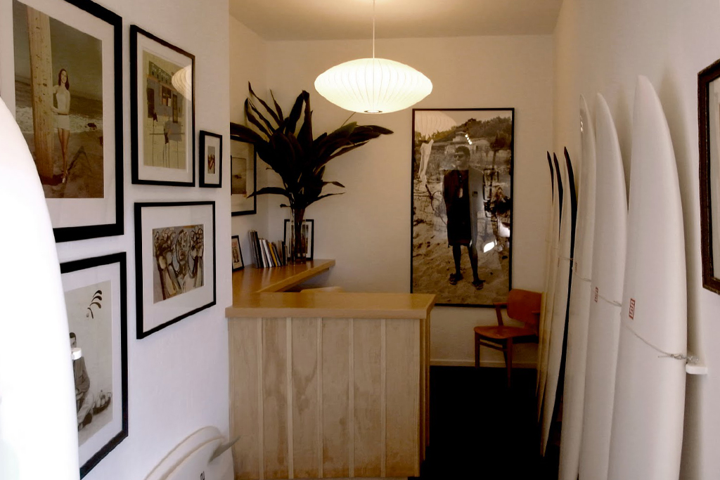 S/Double Surfboard Showroom