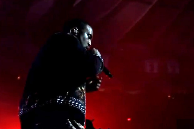 """VoyR: Kanye West and Jay-Z """"Watch the Throne"""" Tour Behind-the-Scenes"""