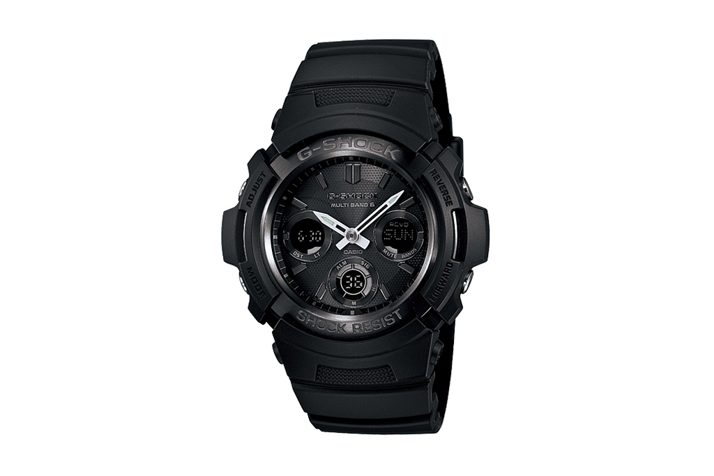 Casio G-Shock Fire Package AWG-M100B-1AJR