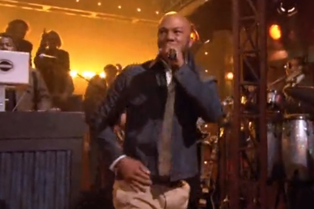 """Common Performs """"Celebrate"""" on Jimmy Fallon"""