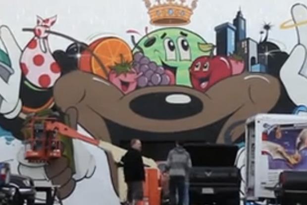 Dabs myla christmas mural 2011 video hypebeast for Daft punk mural