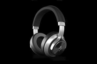 Ferrari x Logic3 Headphones Collection
