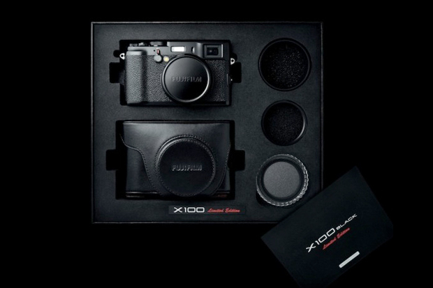 Fujifilm Special Edition X100 Pack