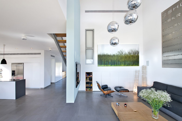 house r by sharon neuman architects