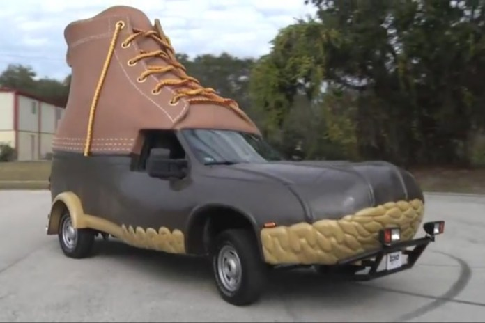L.L.Bean: Making of the L.L.Bean Bootmobile