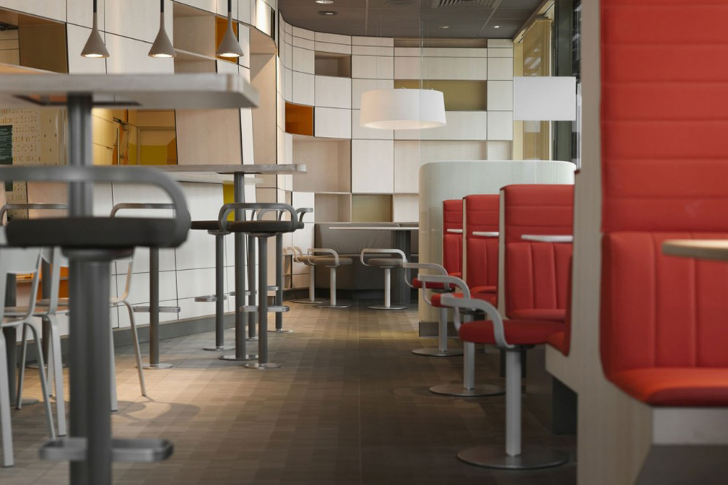 McDonald Villefranche-de-Lauragais by Patrick Norguet