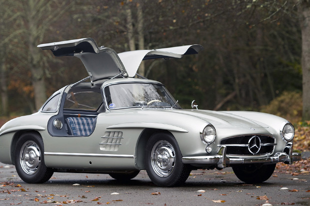 1955 Mercedes-Benz 300SL Alloy Sells for Record $4.62 Million