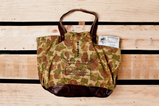 NEIGHBORHOOD x CHALLENGER Camouflage Tote Bag