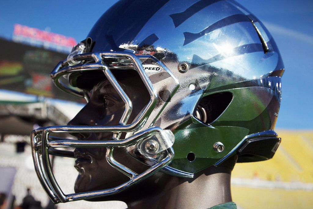 Oregon Ducks Rose Bowl Chrome Helmet