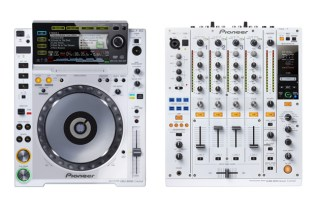 Pioneer CDJ-2000 & DJM-900nexus Limited Edition