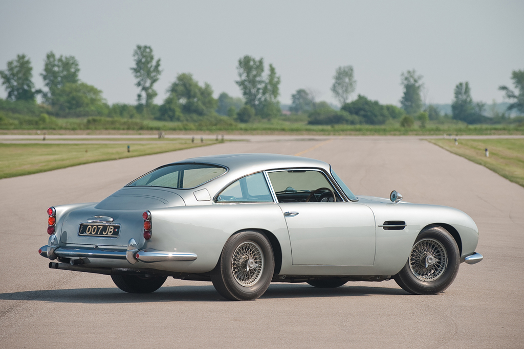 Aston Martin DB5 Back for James Bond's Skyfall