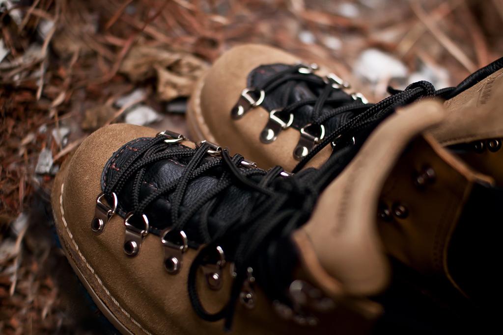 danner 2012 spring summer vertigo boots
