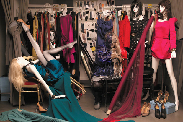 harpers bazaar lost in fashion editorial by liu bolin