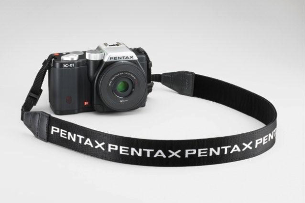 Pentax K-01 by Marc Newson Preview