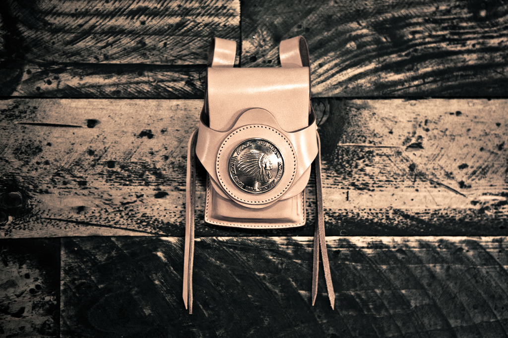 red moon raw leather iphone holder