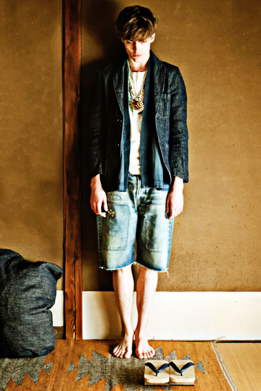 "SENSE Magazine ""TEXT in visvim"" 2012 Spring/Summer Collection Editorial"