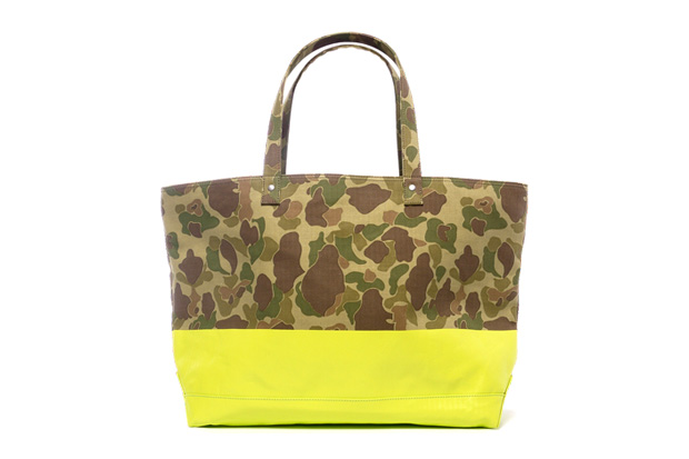 SOPHNET. 2 Tone Duck Hunter Camouflage Tote Bag