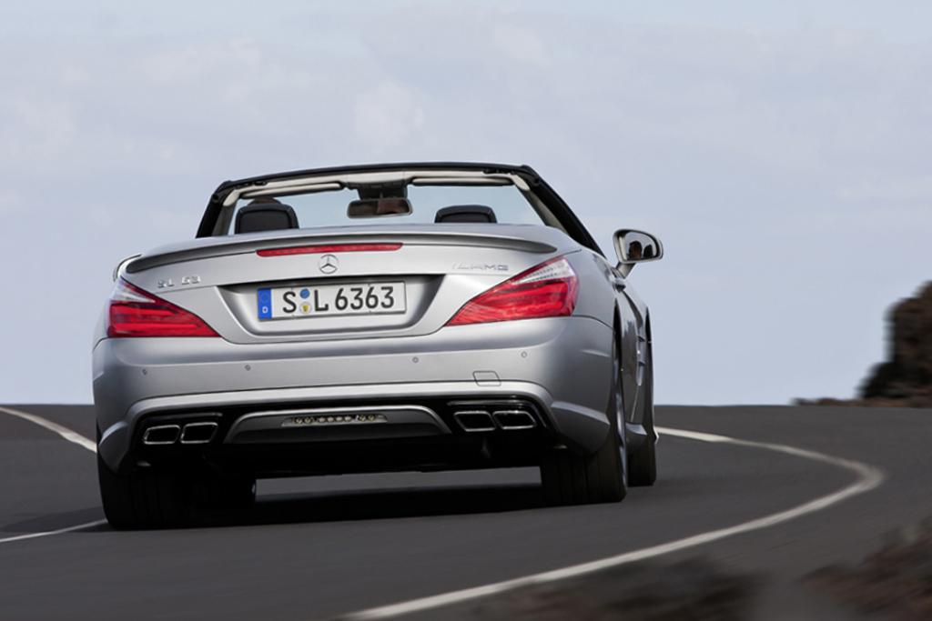 2013 mercedes benz sl63 amg hypebeast for Mercedes benz amg clothing