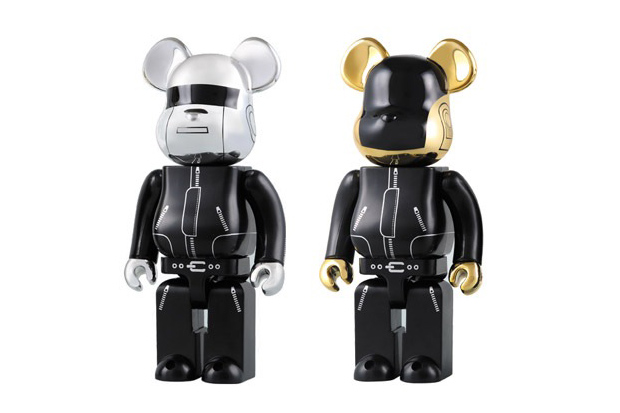 daft punk x medicom toy 1000 bearbricks