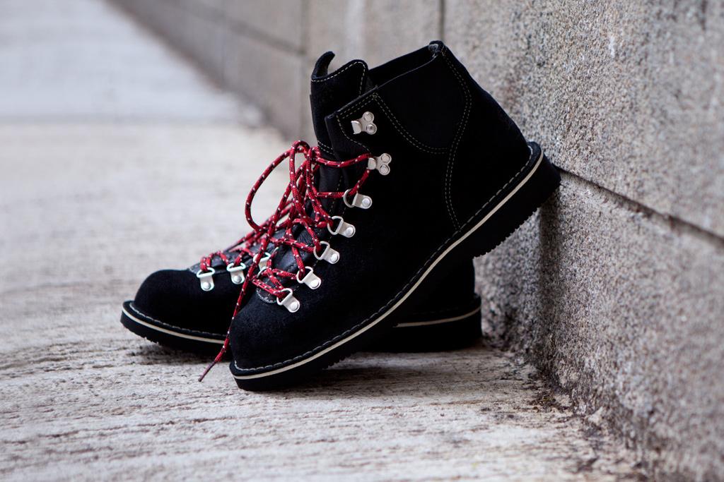 danner 2012 spring summer vertigo crosby boots