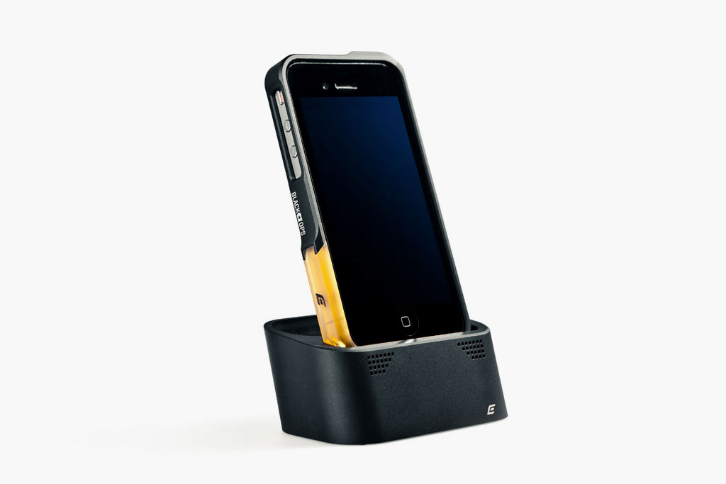 Element Case Vapor Dock for iPhone 4/4S