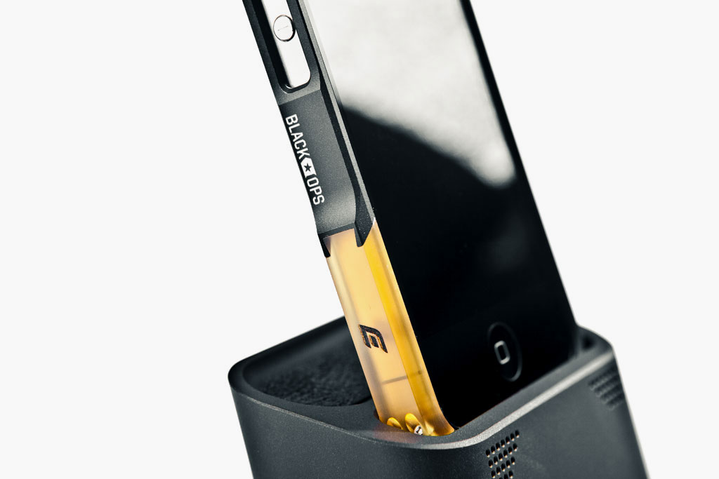 element case vapor dock for iphone 4 4s