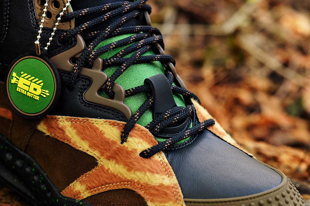 """Extra Butter x Reebok OXT """"The Sheriff"""""""
