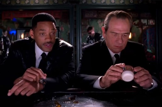 Men In Black 3 3D Official Trailer
