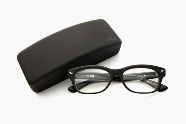 montage x KANEKO OPTICAL Glasses