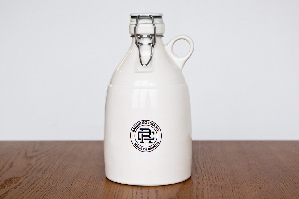 reigning champ x portland growler co 64 oz white loop gloss growler