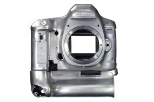A Look Inside the Canon EOS 5D Mark III