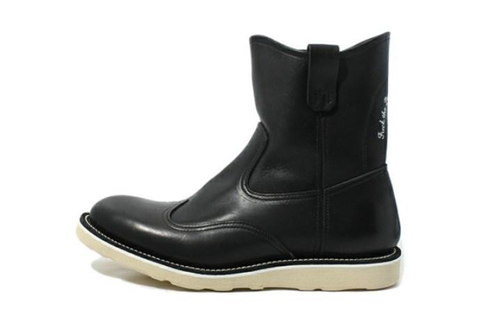 "UNDERCOVER ""Fuck the Past, Fuck the Future"" I6F04-1 Leather Boot"